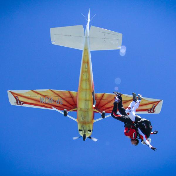 Skok dla dwojga Nasze spadochrony