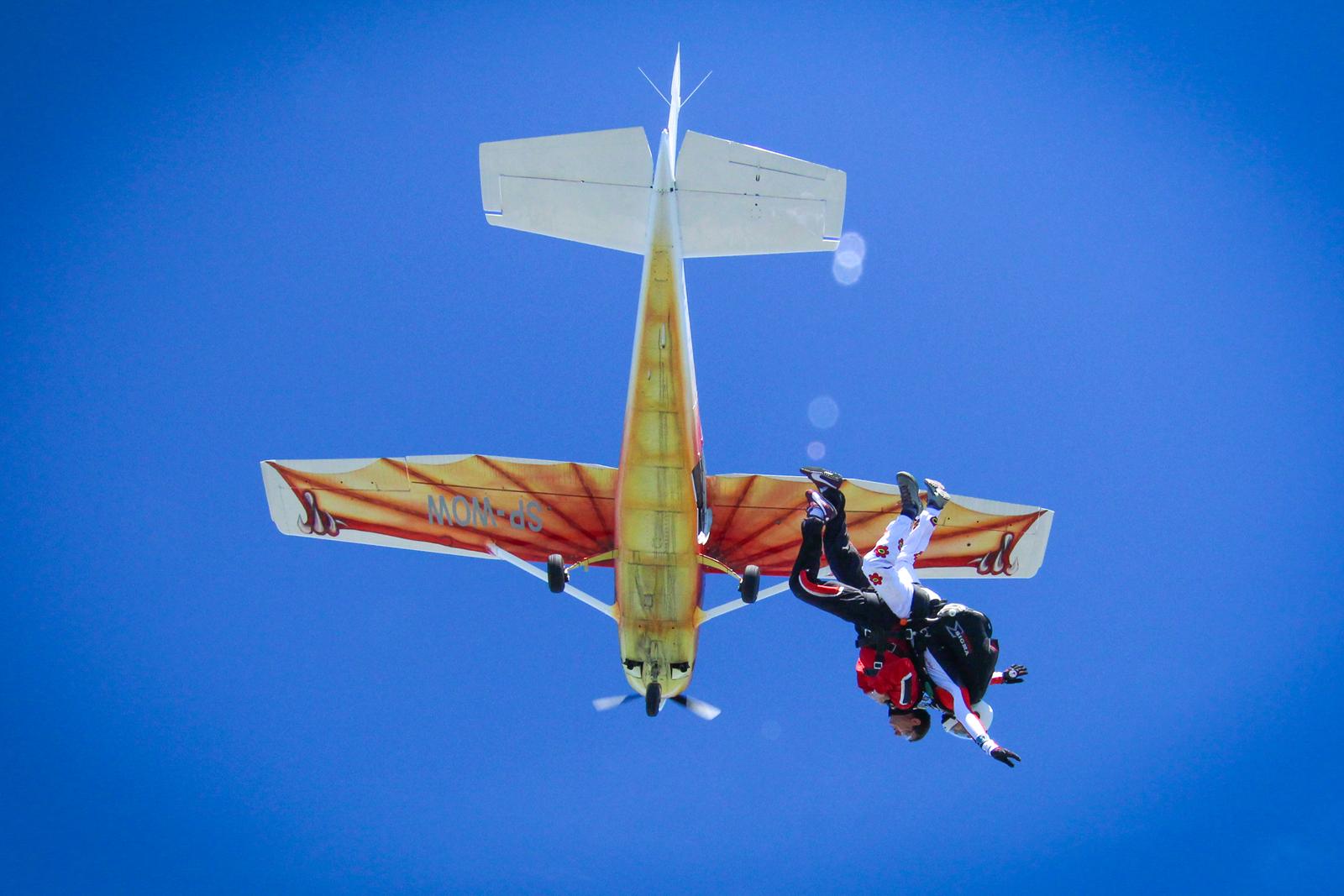 skok spadochronowy warszawa