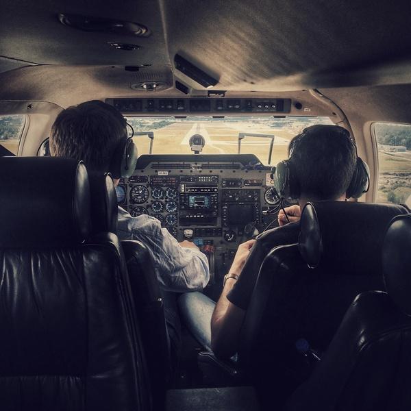 Lot samolotem 30 min dla 1 osoby (C152) Nasze spadochrony