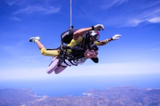 skydive-2717507_1280
